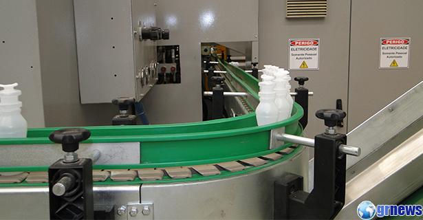 industria_fabrica_embalagem_plastico110815