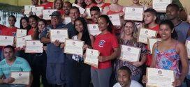 Cidadãos participam de curso de primeiros socorros e salvar vidas