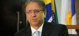 Governador e vice do Tocantins são cassados por abuso de poder econômico