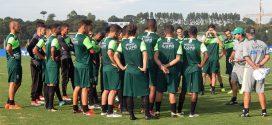 Coelho finaliza preparação para semifinal do Mineiro