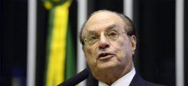 Decisão sobre perda de mandato de Maluf fica para agosto na Câmara