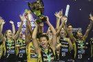 Praia Clube é campeão da Superliga Feminina de Vôlei