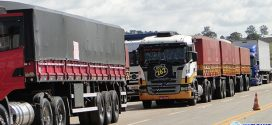 Paralisação dos caminhoneiros continua com ajuda do povo e sobras de alimentos vão para creches e escolas