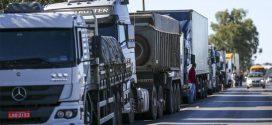 Caminhoneiros mantêm manifestações em rodovias