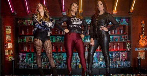 """5591edbb2 A cantora Márcia Fellipe lança nesta sexta (18) seu novo EP """"Mostra Pra  Ele"""". Na mesma data, a cantora estreia o clipe oficial da canção homônima,  ..."""