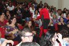 Peça teatral ensina lições de trânsito para alunos e profissionais da educação de Pará de Minas