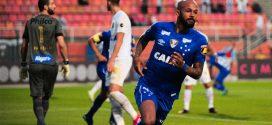 Cruzeiro vence o Santos fora de casa