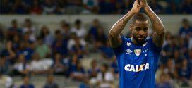 CBF confirma que Dedé está apto para atuar nos próximos jogos do Brasileirão