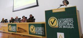 Presidente do STF critica uniformidade de partidos políticos no país