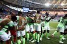 Apostando nos contra-ataques, Nigéria vence Islândia em Volgogrado