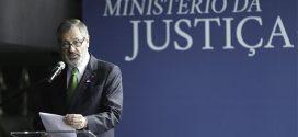 Ministro da Justiça diz que declaração de Eduardo Bolsonaro foi arroubo