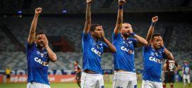 Cruzeiro vence o Atlético-PR de virada e sobe para o terceiro no Brasileiro