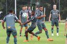 Galo treina forte para retomar disputa do Brasileirão