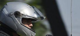 Lei que obriga hastes protetoras em moto é vetada por governador de SP