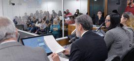 ALMG aprova em 1º turno PEC do piso da educação