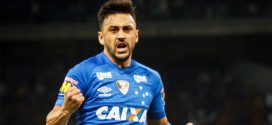 Prestes a completar 100 jogos pelo Cruzeiro, Robinho valoriza classificação na Copa do Brasil