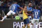 Nos pênaltis, Cruzeiro elimina o Santos e está na semifinal da Copa do Brasil