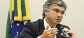 Orçamento da educação deve crescer em 2019, diz Colnago