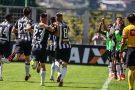 Com a força da Massa, Galo vence o Santos