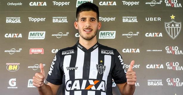 Galo apresenta o zagueiro uruguaio Martín Rea