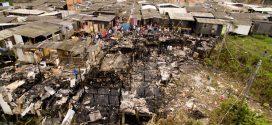 Incêndio atinge 17 casas e deixa 42 desabrigados em Cubatão