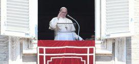 Papa Francisco pede apoio e solidariedade as vítimas das chuvas na Índia