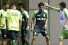 Coelho intensifica parte tática para duelo contra o Fluminense