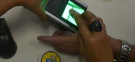 Ministro quer ouvir TSE antes de decidir sobre títulos sem biometria