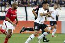 Corinthians e Internacional empatam na Arena
