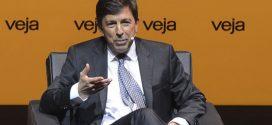 João Amoêdo quer o fim da troca de cargos por apoio no Congresso