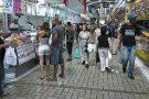 Intenção de consumo das famílias recua em outubro