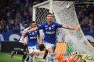 Cruzeiro larga na frente do Corinthians na final da Copa do Brasil