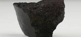 Resgatado de escombros do Museu Nacional o Meteorito Angra dos Reis