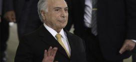 Presidente Temer pede que ministros passem informações para transição de governo