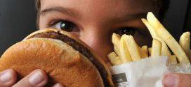 Dados mostram que maioria de adolescentes da atenção básica se alimenta mal