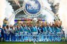 Em clima de festa, Cruzeiro vence a Chapecoense no Independência