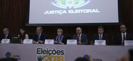 Ministra Rosa Weber contesta questionamentos sobre segurança das urnas