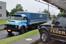 Agentes da PF apreendem caminhão com cigarros contrabandeados do Paraguai