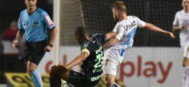 Chapecoense vence o Santos e segue viva na luta contra o rebaixamento