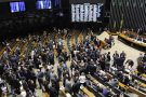 Com baixo quórum, Congresso Nacional adia apreciação de vetos presidenciais