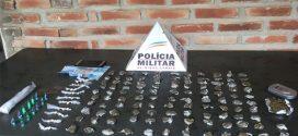 Suspeito de tráfico é preso em Pompéu com mais de 100 buchas de maconha, cocaína e crack