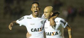 Atlético-MG vence o Paraná e se mantém no G-6 do Brasileirão