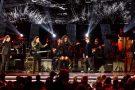 Iza brilha em tributo à banda Maná no Latin GRAMMY
