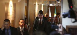 Bolsonaro pretende reduzir em 30% número de comissionados nos ministérios