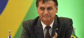 Bolsonaro acena com apoio financeiro e agrada governadores eleitos